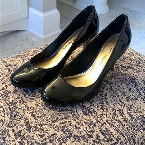 Antonio Melani Black Patent Heels 6.5